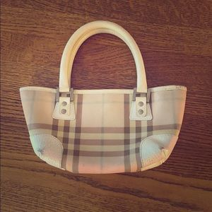 Burberry pink and white purse